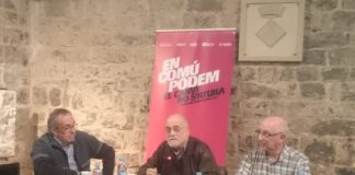 Jesús Puig (a la dreta) al costat d'Arcadi Oliveres a la presentació d'En Comú Podem de Santpedor, que després s'integraria a El Comú de Santpedor