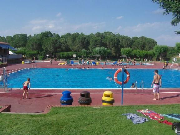 Millores a les instal·lacions per la nova temporada de piscines a Santpedor