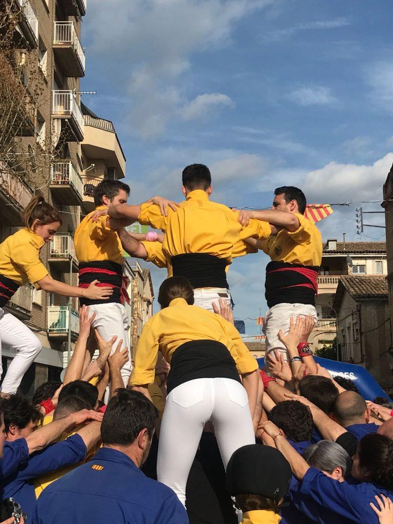 Als Castellers de Santpedor se'ls atravessa l'actuació de la Fira de Navàs