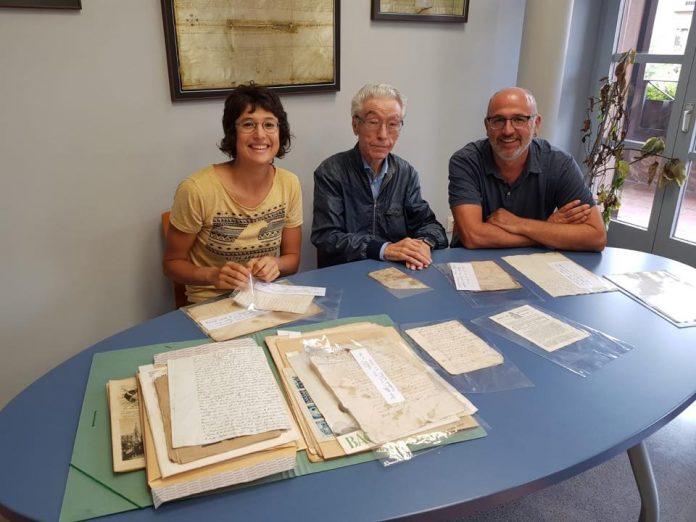 Antoni Lari al mig, acompanyat de Mireia Vila i Xavier Codina FOTO.AJUNTAMENT DE SANTPEDOR