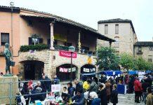 Productes recaptats a la plaça Gran per la Matinal Solidaria FOTO.AJUNTAMENT DE SANTPEDOR