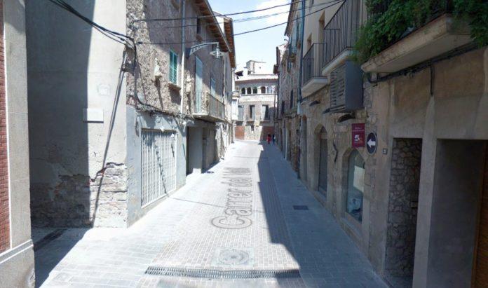 Carrer del Vall a Santpedor, en ple nucli antic