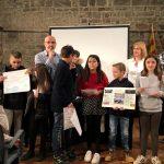 Escolars presentant una projecte dels pressupostos participatius a la Capella de Sant Andreu FOTO:AJUNTAMETN DE SANTPEDOR