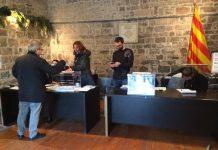 Col·legi electoral a la Capella de Sant Andreu de Santpedor a les eleccions municipals del 2015